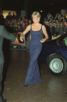 PRINCESS Diana, arriving for a film premiere ......Uploaded By  www.1stand2ndtimearound.etsy.com