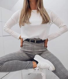 Shared by Find images and videos about fashion, inspiration and goals on We Heart It - the app to get lost in what you love. Uni Outfits, Cute Casual Outfits, Everyday Outfits, Outfits For Teens, Teen Fashion, Fashion Outfits, Fashion Pics, University Outfit, Outfit Goals