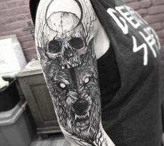 artist--fredao-oliveira--skull-and-wolf-tattoo_16149192225.jpg (560×500)