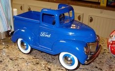 *PEDAL CAR ~ Adorable Ford pickup