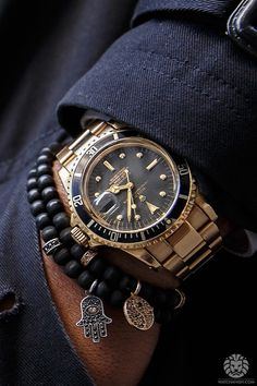 1977 Rolex 1680/8 submariner. More of our footage at WatchAnish.com.