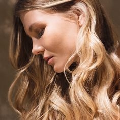 Indan sun is my new golden hair ___ Trend Trendy Hair Hairstyles Makeup Beauty Franck Provost, Hair Contouring, Golden Hair, Trendy Hairstyles, Sculpting, Beauty Makeup, Hair Color, Indian, Summer Hair