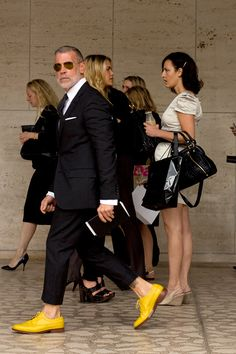 z-unit:    Nick Wooster wears yellow brogues, can get it. (Via 100 Days of Style)