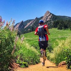 You can't go wrong with mountain views and trails like this. @Runwithpatrick we would run with you any day! #traillovetuesday #stepintosuperfeet #running #trailrunning #ultrarunning #views #vista