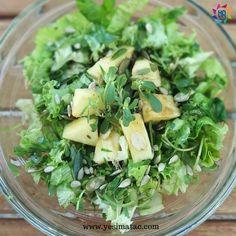 Purslane salad with pineapple