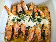 Λευκό σαγανάκι με γαρίδες, σκόρδο και άνηθο