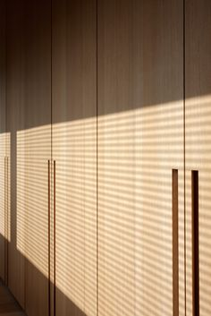| DETAILS | CLOSETS - flush door pulls. When light meets #timeless #natural #wood #finishes. Photo Credit: #Co.Studio » #Lodewijcks