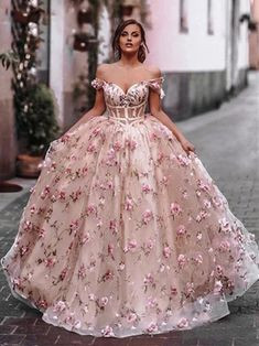 Floral Prom Dresses, Pretty Prom Dresses, Quince Dresses, Cheap Prom Dresses, Flower Dresses, Sweet 16 Dresses, Amazing Dresses, Colorful Prom Dresses, Pretty Quinceanera Dresses