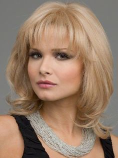 Medium Length Hairstyles for women over 40 with Round Faces