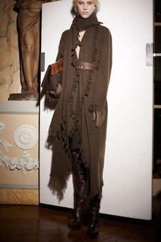 Lanvin Pre-Fall 2013 Collection Slideshow on Style.com