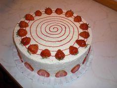 Kuchen_Erdbeersahnetorte von Lumara
