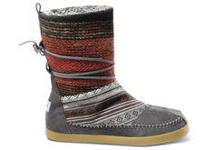 Multi Woven Women's Nepal Boots.  I soooooo want these!