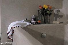 white tierrafino stone bath