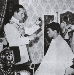 King Rama 9 and King Rama 10 King Rama 10, King Phumipol, King Of Kings, King Queen, King Thailand, Thailand Art, Crown Prince Of Thailand, Thailand History, Queen Sirikit