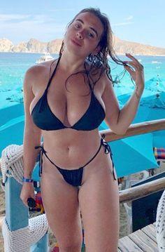 Bikini Babes, Hot Bikini, Bikini Girls, Bikini Beach, Bikini Models, Mädchen In Bikinis, String Bikinis, Bikini Swimwear, Beach Bunny