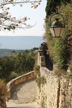 Medieval village of Gordes in the Luberon Valley, Provence, France