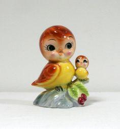 Tirelire oiseaux - 18€ Très belle tirelire vintage en porcelaine. Bouchon en liège. Ht : 14 cm La Mère Lipopette - Vintage, brocante et enfantillages