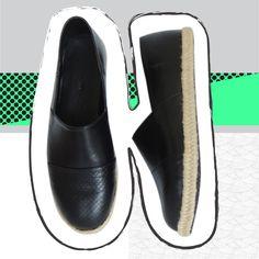 Conoce a Matilde, ella es un color muy serio #matilde #elreysanto #weloveshoes #espadrilles #beauty #black #assimpleasthat #handmade #handcrafted SHOP here -> https://www.kichink.com/stores/elreysanto