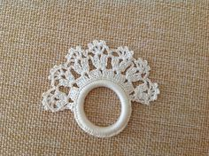 Vintage White Crochet Napkin Rings set of 4 by Arly on Etsy