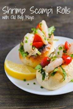 Shrimp Scampi Rolls with Old Bay Mayo - An appetizer-sized shrimp roll perfect for any celebration. Comes together in just 15 minutes! | foxeslovelemons.com