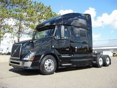 """Our featured truck is a 2013 Volvo VNL64T-780 Conventional Sleeper Truck, Volvo D13 Engine, 455 HP, Diesel, Air Ride Suspension, 229"""" WB, 3.07 Ratio, Aluminum Front Wheels. Check out this week's recently added trucks at http://www.nexttruckonline.com/trucks-for-sale/All-Categories/All-Makes/All-Models/results.html?days_old-max=7"""