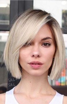 Here Are the 50 Best Trendy Short Hairstyles for Fine Hair - Hair layers or blunt cut for thin hair - Thin Hair Cuts Haircuts For Fine Hair, Best Short Haircuts, Short Bob Hairstyles, Haircut Short, Trending Hairstyles, Bob Haircut Fine Hair, Fine Hair Bobs, Pixie Haircuts, Bob With Fringe Fine Hair