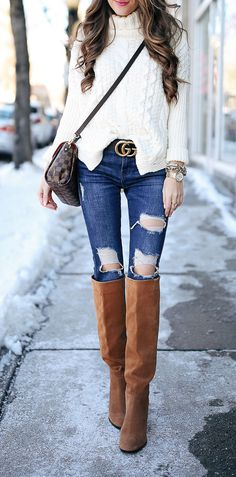 The perfect casual yet stylish outfit. Stylish Outfits, Cute Outfits, Fashion Outfits, Fashion Trends, 70s Fashion, Fashion Women, Fall Winter Outfits, Autumn Winter Fashion, Winter Style