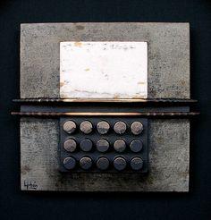 "RAMÓN URBÁN, 583 ""Ofrenda V"". Técnica mixta sobre tabla, 20x20 cm. 2008."