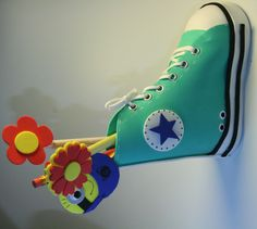 Portapenne convers in gomma crepla o fommy.