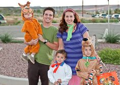 Scooby-Doo costumes for the whole fam #ScoobyDoo #Cosplay