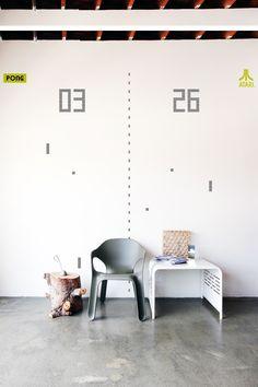 Pong wall art