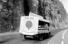 Jean Colbe: camion de dodo sur la route du littoral 1963 Saint Louis, Monuments, Study Abroad, Island, Memories, Deco, Recipes, Image, Reunions