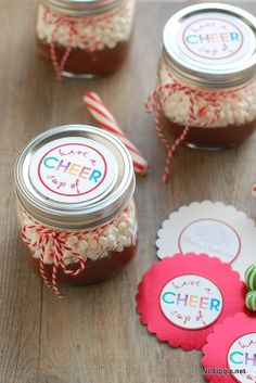 Have a cup of Cheer – creamy hot chocolate recipe & free printable tag