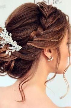 Elegant Wedding Hairstyles for Long Hair ★ See more: http://glaminati.com/wedding-hairstyles-for-long-hair/ #weddinghairstyles