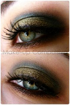 Beautifully blended gold and navy eyeshadow