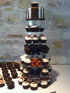 Wedding Cup Cakes and Topper