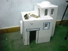 EL BELÉN DE CARLOS Xmas Crafts, Diy And Crafts, Arts And Crafts, Dollhouse Miniature Tutorials, Dollhouse Miniatures, Diorama, Glitter Houses, Christmas Time, Cribs