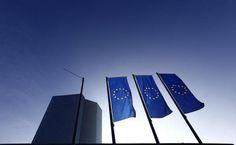 7月6日、ECBが、債券買い入れプログラムを必要なら強化するとの文言を削除する可能性が出てきた(2017年 ロイター/Kai Pfaffenbach)