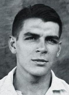 Young Che Guevara helped hundreds of people that lived in colony of lepers in Sao Paolo when no one else would.