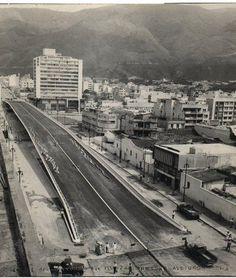 Puente de la Av. Fuerzas Armadas Caracas, Venezuela