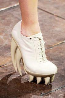 IRIS VAN HERPEN S/S 2012 HAUTE COUTURE SHOES... Saber teeth soles yes!!!