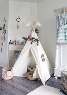 Kids Teepee tent Moozle MIDI teepee with Summer flower garland