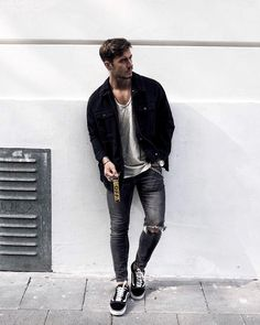 22 Outfits you should copy from this influencer! Urban Street Style, Street Style Trends, Summer Outfits, Casual Outfits, Men Casual, Men's Outfits, Men Looks, Modern Mens Fashion, Male Fashion