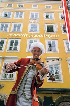 Getreidegasse Salzburg - Mozart Geburtshaus