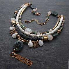 """Купить Колье из мохового агата """"WinterForest"""". Украшение с камнями и кожей - ожерелье, подарок девушке"""