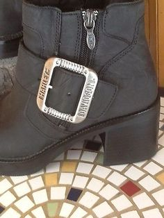 Ladies Harley Davidson Zip Hd Buckle Accent Ankle Motorcycle Riding Boots Euc!