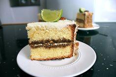Je favo cocktail in een taart: de mojito genoise taart. Voor het ultieme OEH-effect en AAH-effect! Recept van Lorraine Pascale, een Brits model én kok.