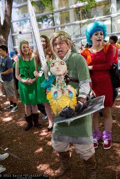 Mature Link and Ooccoo   David N'Go #Zelda cosplay photos ! eww