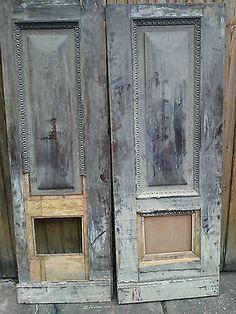 alte holzt r zimmert r massivholzt r antike t r alte t re mit l ftungsgitter als ausguck. Black Bedroom Furniture Sets. Home Design Ideas
