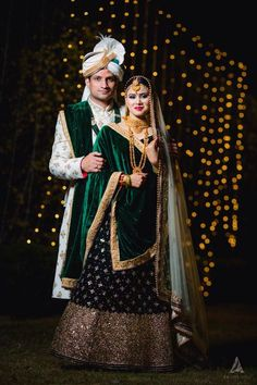 Winter bride in dark green lehenga Couple Wedding Dress, Wedding Outfits For Groom, Desi Wedding Dresses, Pakistani Wedding Outfits, Indian Bridal Outfits, Indian Wedding Poses, Indian Wedding Couple Photography, Bride Photography, Bridal Photoshoot